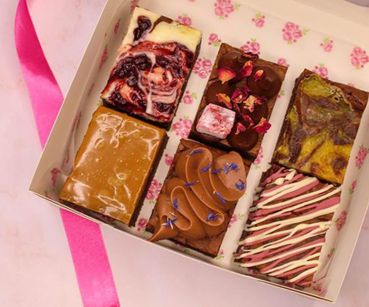 Peach Patisserie cake box